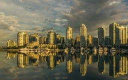 κολπίσκος ψεύτικο Βανκ&o Ξημερώματα βρετανικός Καναδάς Κολ&omic Στοκ Φωτογραφία