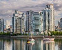 κολπίσκος ψεύτικο Βανκ&o Ξημερώματα βρετανικός Καναδάς Κολ&omic Στοκ εικόνα με δικαίωμα ελεύθερης χρήσης