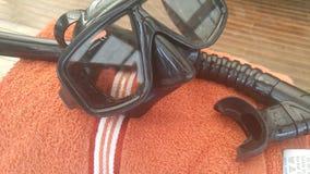 Κολυμπήστε με αναπνευτήρα με την πετσέτα για την κατάδυση Στοκ φωτογραφία με δικαίωμα ελεύθερης χρήσης
