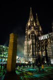Κολωνία, Γερμανία - 16 Ιανουαρίου 2017: Ελαφριά εγκατάσταση γύρω από τον καθεδρικό ναό της Κολωνίας Στοκ εικόνες με δικαίωμα ελεύθερης χρήσης
