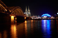 Κολωνία στη νύχτα Στοκ Εικόνες