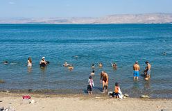 Κολύμβηση στη θάλασσα Galilee Στοκ Φωτογραφία