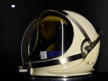 Κράνος PGA για τη φόρμα αστροναύτη G4C που χρησιμοποιείται στο διαστημικό πρόγραμμα Διδυμων που επιδεικνύεται σε EXPO Στοκ Φωτογραφία