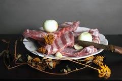 κρέας μαχαιριών ακατέργασ&t Στοκ φωτογραφίες με δικαίωμα ελεύθερης χρήσης