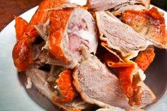 κρέας παπιών που τεμαχίζετ Στοκ φωτογραφία με δικαίωμα ελεύθερης χρήσης