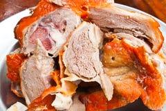 κρέας παπιών που τεμαχίζετ Στοκ φωτογραφίες με δικαίωμα ελεύθερης χρήσης