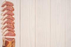 κρέας που καπνίζεται Στοκ εικόνα με δικαίωμα ελεύθερης χρήσης
