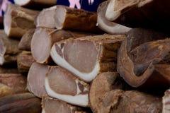 κρέας που καπνίζεται Στοκ εικόνες με δικαίωμα ελεύθερης χρήσης