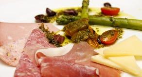 κρέας τυριών σπαραγγιού antipasto Στοκ Εικόνες