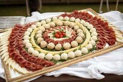 Κρέατα και επιλογή τυριών Στοκ Φωτογραφίες