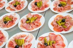 Κρέατα στη πιατέλα Στοκ εικόνα με δικαίωμα ελεύθερης χρήσης