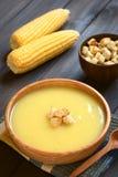 Κρέμα της σούπας καλαμποκιού με Croutons Στοκ Φωτογραφία