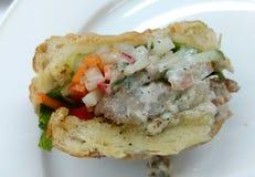 Κρέμα τόνου αρτοποιείων sanwich με τα λαχανικά Στοκ εικόνα με δικαίωμα ελεύθερης χρήσης