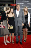 Κρίνος Costner, Annie Costner, Kevin Costner και σύζυγος Christine Baumgartner Στοκ Φωτογραφία
