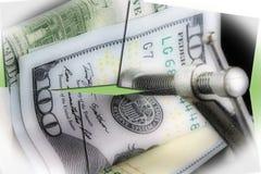 Κρίση προϋπολογισμών που βάζει μια συμπίεση στα χρήματά σας Στοκ Εικόνες