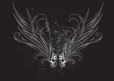 Κρανία με τα φτερά στη μαύρη ανασκόπηση Στοκ φωτογραφία με δικαίωμα ελεύθερης χρήσης