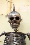Κρανίο μετάλλων με ένα Mohawk Στοκ Εικόνα