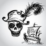Κρανίο πειρατών με το σκάφος καπέλων και πειρατών ελεύθερη απεικόνιση δικαιώματος