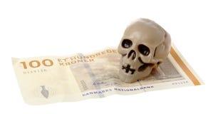 Κρανίο στα δανικά χρήματα Στοκ φωτογραφία με δικαίωμα ελεύθερης χρήσης