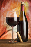 Κρασί, γυαλί και το μπουκάλι Στοκ Εικόνες