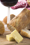 κρασί τυριών baguette στοκ εικόνες με δικαίωμα ελεύθερης χρήσης