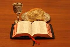 κρασί ψωμιού Βίβλων Στοκ Φωτογραφία