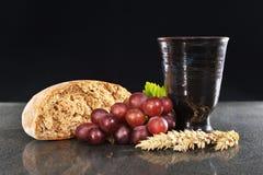 κρασί ψωμιού στοκ εικόνα με δικαίωμα ελεύθερης χρήσης