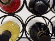 κρασί 3 ραφιών Στοκ φωτογραφία με δικαίωμα ελεύθερης χρήσης