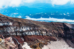 Κρατήρας του ηφαιστείου Goreliy Kamchatka, Ρωσία Στοκ Φωτογραφίες