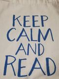 Κρατήστε ήρεμος και διαβάστε στοκ φωτογραφία με δικαίωμα ελεύθερης χρήσης