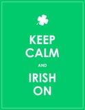 Κρατήστε ήρεμος και ιρλανδικά επάνω Στοκ Εικόνες