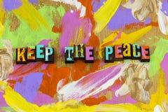 Κρατήστε την ήρεμη καλή εργασία αγάπης ειρήνης που η θετική τοποθέτηση αναπνέει στοκ φωτογραφία