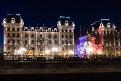Κρατική αστυνομία στο Παρίσι στη νύχτα Γαλλία Στοκ φωτογραφία με δικαίωμα ελεύθερης χρήσης