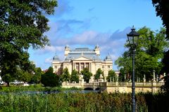 Κρατικό θέατρο Mecklenburg Schwerin Γερμανία στοκ εικόνα με δικαίωμα ελεύθερης χρήσης
