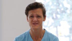 Κραυγάζοντας 0 νεαρός άνδρας, να φωνάξει Στοκ φωτογραφία με δικαίωμα ελεύθερης χρήσης