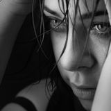 Κραυγή κοριτσιών ομορφιάς Στοκ εικόνες με δικαίωμα ελεύθερης χρήσης