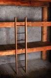 Κρεβάτι κουκετών στο κελάρι Στοκ Εικόνα