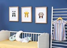Κρεβατοκάμαρα μωρών με τις εικόνες των ζώων Στοκ εικόνες με δικαίωμα ελεύθερης χρήσης
