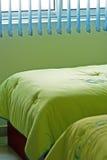 κρεβατοκάμαρα πράσινη Στοκ εικόνα με δικαίωμα ελεύθερης χρήσης