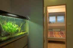 κρεβατοκάμαρα σύγχρονη Στοκ φωτογραφίες με δικαίωμα ελεύθερης χρήσης