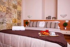 Κρεβατοκάμαρα του ξενοδοχείου Ares Στοκ Φωτογραφίες