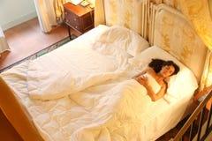 κρεβατοκάμαρα στοκ φωτογραφία με δικαίωμα ελεύθερης χρήσης