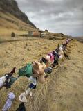Κρεμασμένος στηθόδεσμος και underwears σε έναν φράκτη στην Ισλανδία στοκ φωτογραφία με δικαίωμα ελεύθερης χρήσης