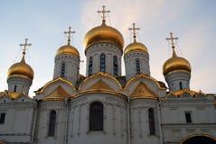 Κρεμλίνο Μόσχα 19$ο annunciation 17 ορόσημο Ουκρανία πόλεων αιώνα καθεδρικών ναών kharkov μπλε ουρανός ανασκόπησης Στοκ εικόνες με δικαίωμα ελεύθερης χρήσης