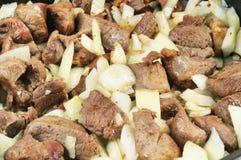 κρεμμύδι κρέατος που ψήνε Στοκ φωτογραφίες με δικαίωμα ελεύθερης χρήσης