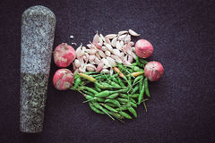 Κρεμμύδια και σκόρδο πιπεριών Στοκ εικόνα με δικαίωμα ελεύθερης χρήσης