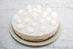 Κρεμώδες κέικ με το σπόρο παπαρουνών Στοκ Εικόνα