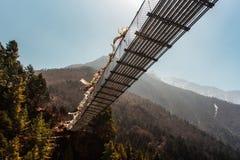 Κρεμώντας γέφυρα αναστολής στο Νεπάλ Στοκ Εικόνα