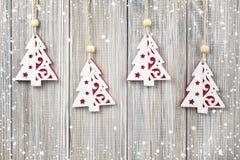 Κρεμώντας διακόσμηση Χριστουγέννων Στοκ εικόνα με δικαίωμα ελεύθερης χρήσης