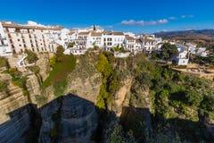 Κρεμώντας σπίτια στη Ronda, Μάλαγα, Ισπανία Στοκ Φωτογραφίες